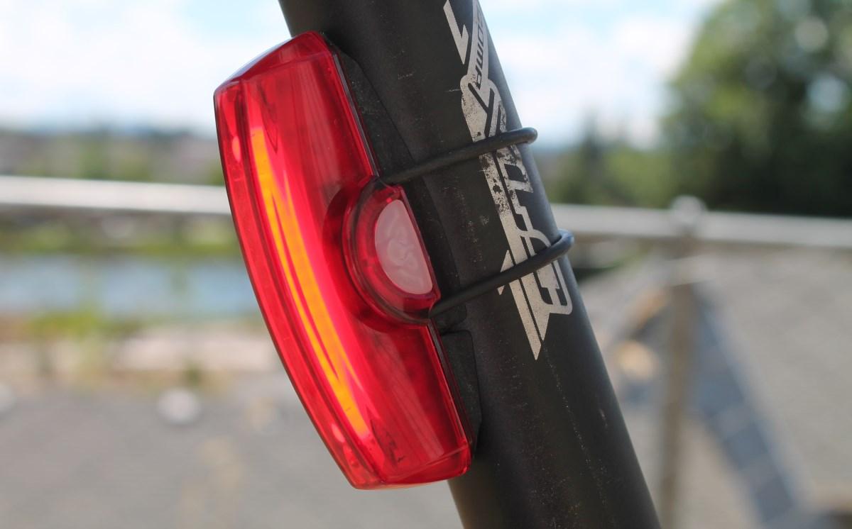 Cateye Rapid X Review The Bike Light Database